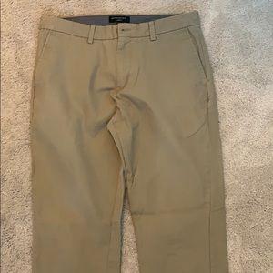 High quality khaki pants. Size 34x32